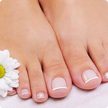 Zadbane stopy po zabiegu u lekarza od stóp w mińsku mazowieckim