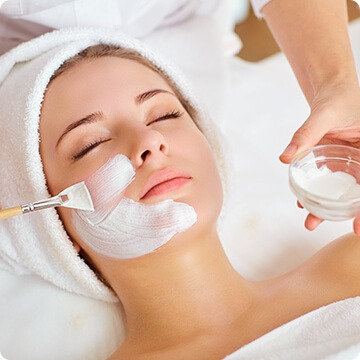 Zabieg na twarz u kosmetologa - Cosmet Mińsk Mazowiecki